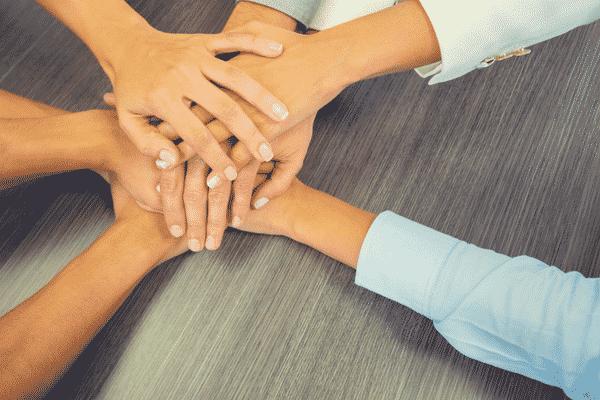Strengthen customer relationships contact center crm integrations